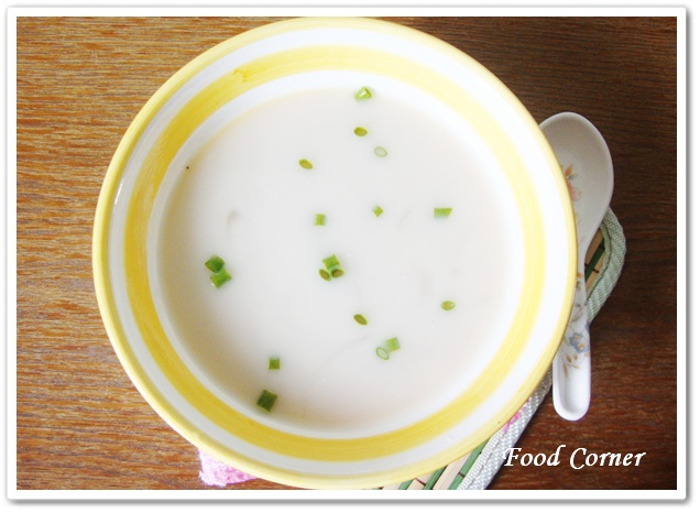 Food Corner: Creamy Potato Soup in Slow cooker