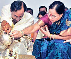 KCR Wife Admitted In Hospital