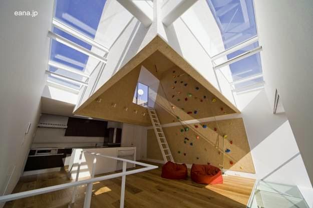 Vista del interior y de las ventanas de techo