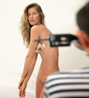 English: Gisele Bundchen Bikini body Gisele Intimates Brazil