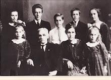 Sagmester Ole A. Pedersen m.fam.  Bodde i Fossestua fra 1906 -1928.