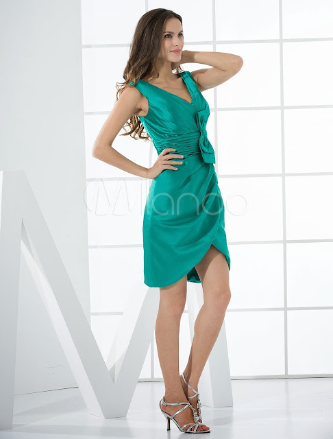 China Wholesale Clothes - Cocktail Dress Hunter Green Sheath V-Neck Bow Satin Cocktail Dress