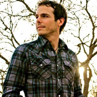 Granger Smith – We Do It In A Field Lyrics | Letras | Lirik | Tekst | Text | Testo | Paroles - Source: musicjuzz.blogspot.com
