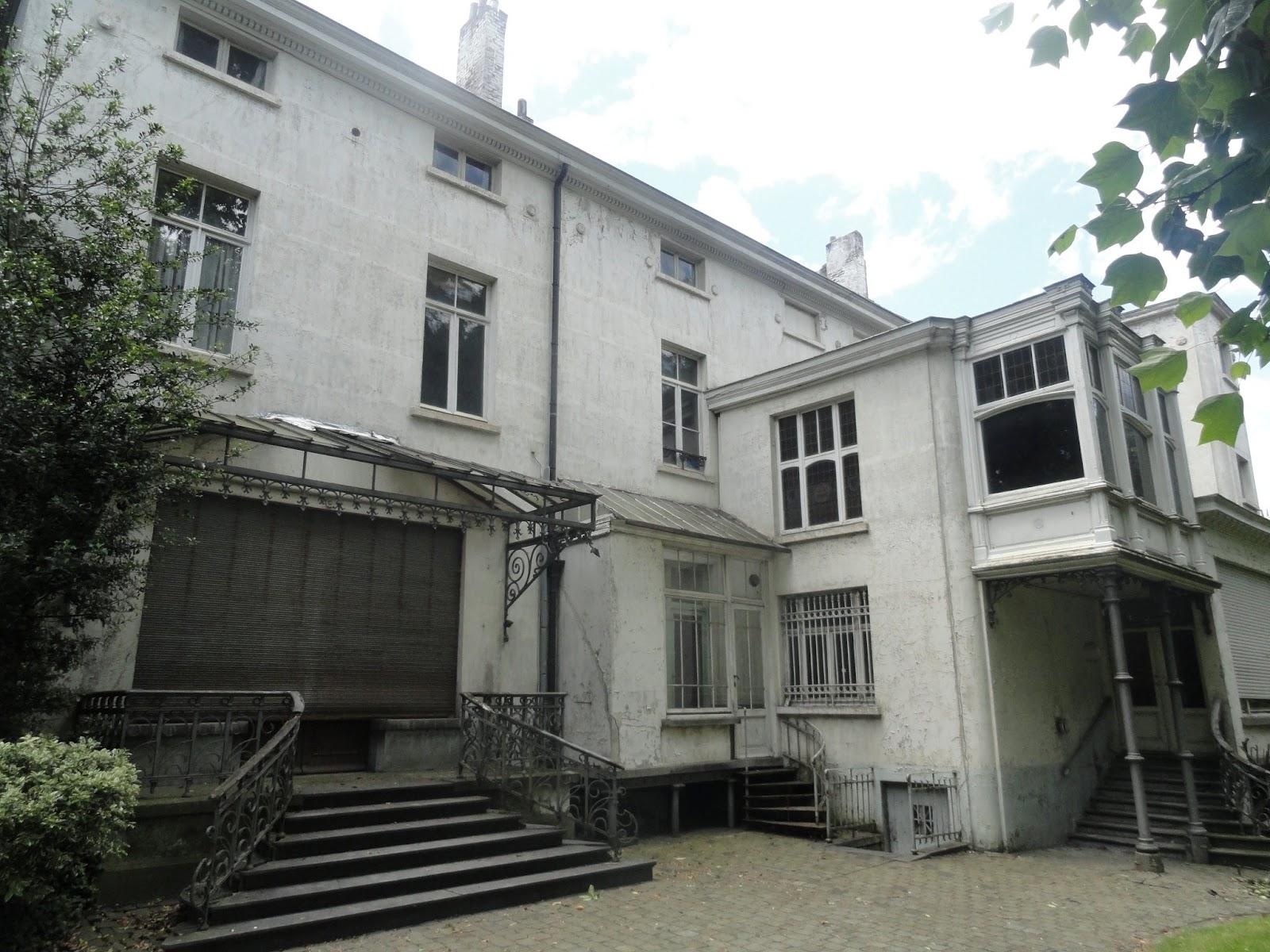 La maison hap a l 39 abandon 05 inter environnement - Maison qui s affaisse ...