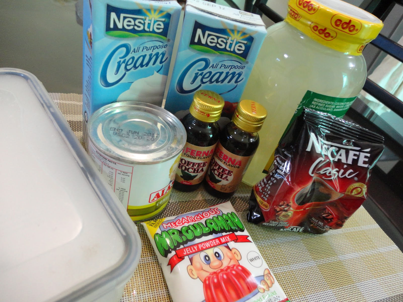 Gulaman Recipe Ingredients http://thedentistisinthekitchen.blogspot.com/2012/03/sls-coffee-jelly.html