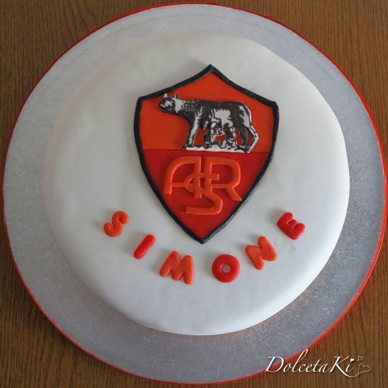 torta roma con lupa