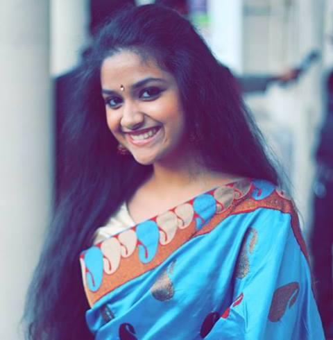 All Film Updates Online Actress Hot Gallery Movie Wallpapers Actress Menaka Daughter Keerthi