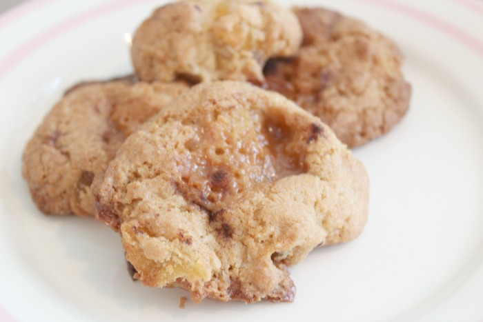 Amy Antoinette - Lifestyle Blog: Toffee Apple & Cinnamon Cookies