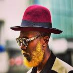 .homme chapeau melon