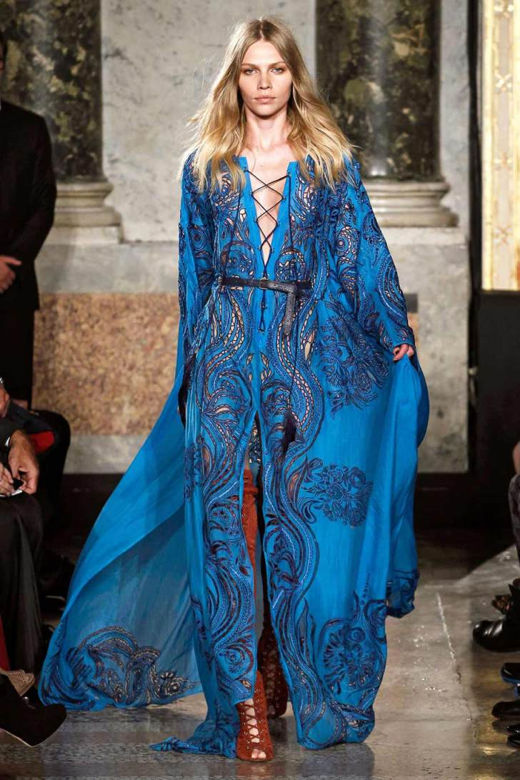 emilio pucci Emilio pucci epitomized the jetset glamour of post-war italy and revolutionized fashion with lightweight fabrics shop beach, swim and ready-to-wear here.
