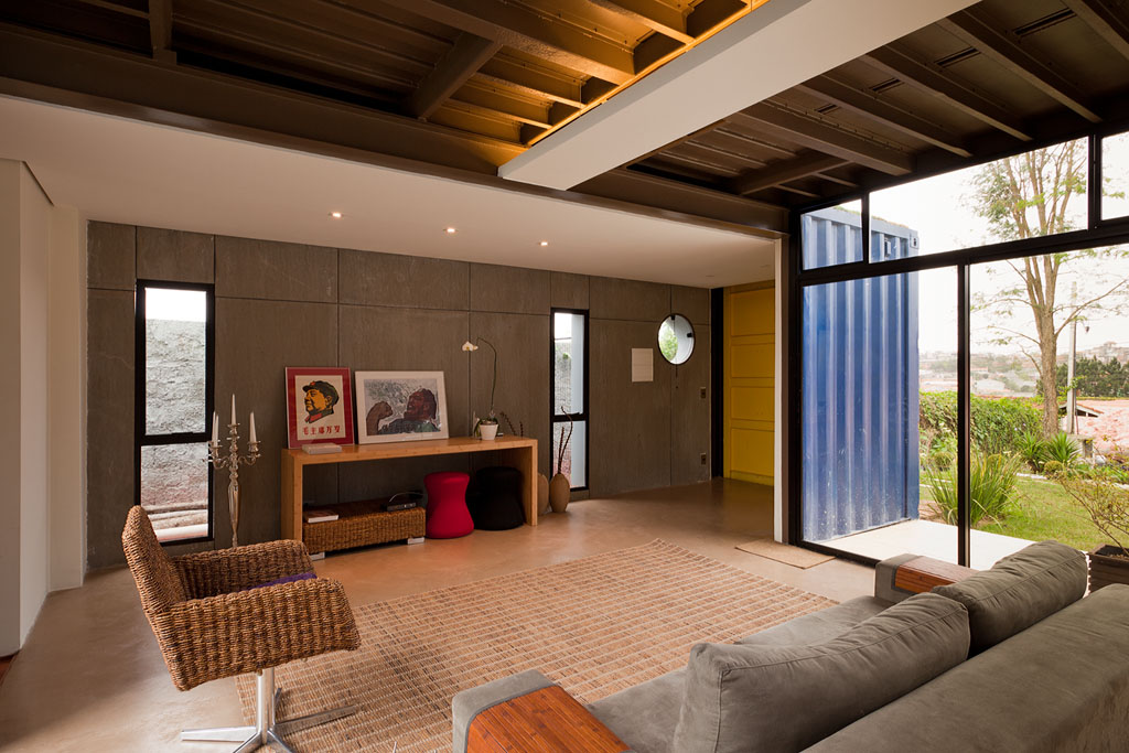 Conceito ecol gico casa container brasileira for Casas de container modernas