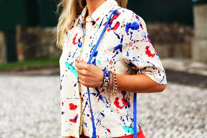 look do dia, ootd, outfit, look of the day, splatter paint, shirt, zara, jeans, azul cobalto, camisa, mullet cut, camisa corte mullet, vermelho vibrante, look de verão, style statement, streetstyle, dicas de imagem, consultoria de imagem, blog de moda, blogue de moda, blog de moda portugal, blogues de moda portugueses
