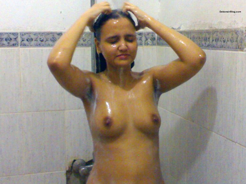 nepali married women baths naked