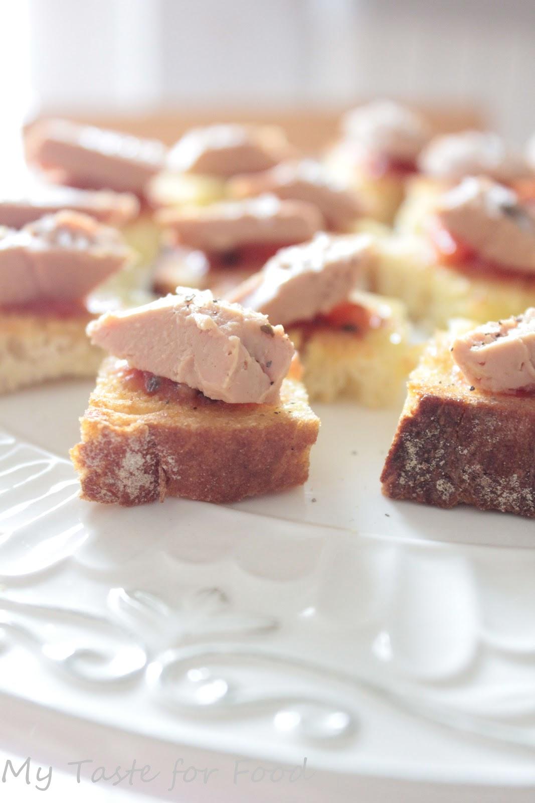 crostini al foie gras chutney e sale rosa my taste for food. Black Bedroom Furniture Sets. Home Design Ideas
