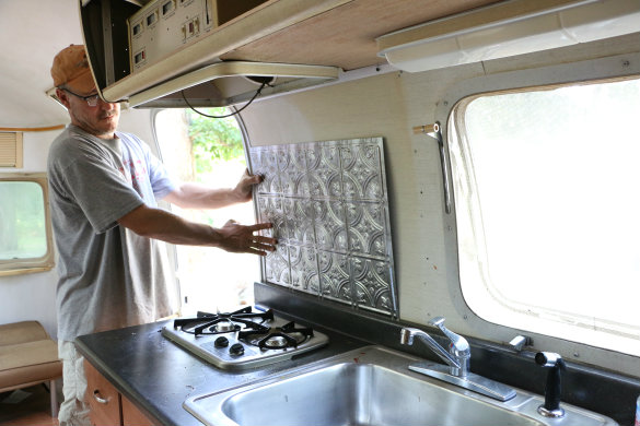 17 Apart: Project Airstream: Painting & Planning