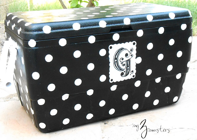 How to have the cutest cooler in town!  Custom Painted Cooler project at my3monsters.com