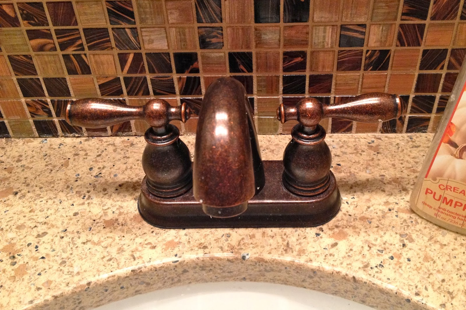 Decorative Trim On Bathroom Mirror
