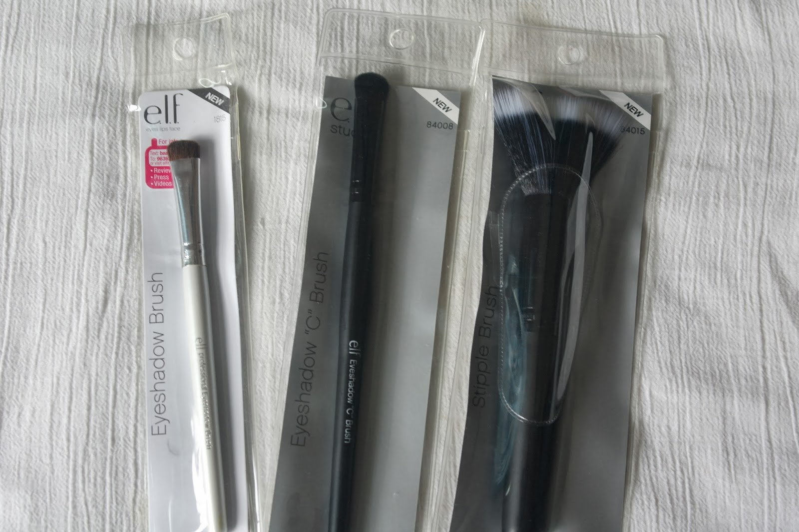 ELF-Tools&Accessories-Brushes-Eyeshadow Brush-Stipple Brush