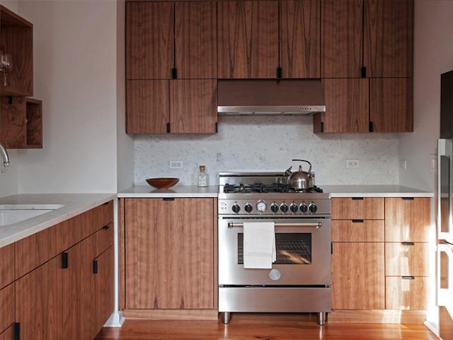 фото кухни из дерева