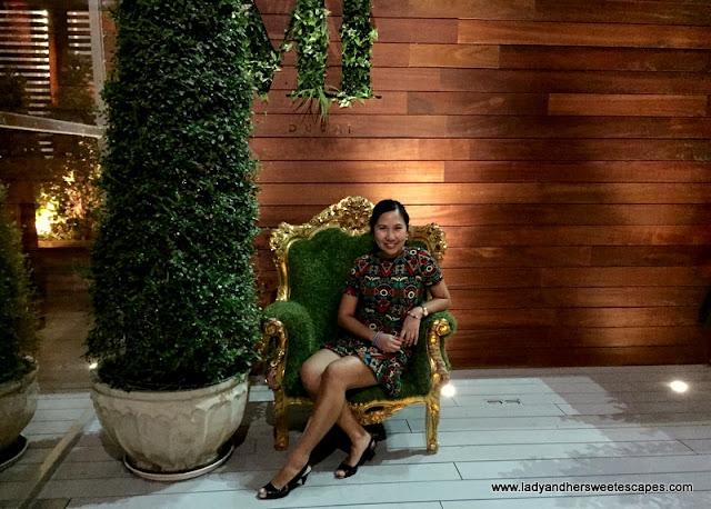 Lady at Vii Dubai