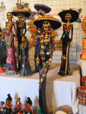En Capula Usted puede visitar los diferentes talleres artesanales y entrar en contacto directo con los artesanos para adquirir sus productos.