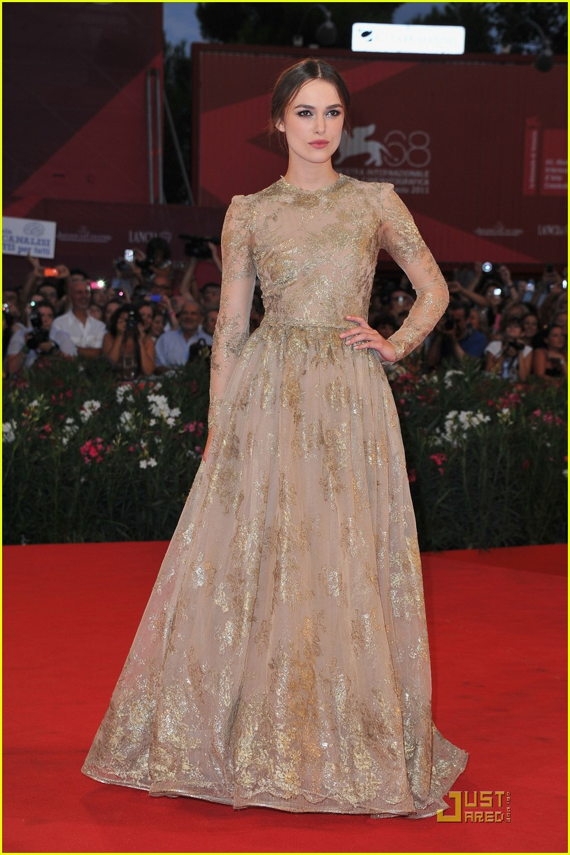 Keira Knightley Red Carpet Dresses If I were a skirt: LOO...