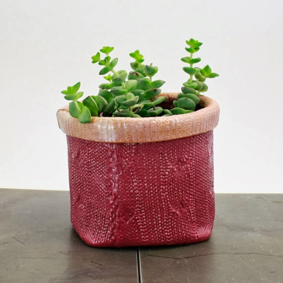 https://www.etsy.com/listing/157135815/cable-knit-texture-planter-handbuilt?ref=related-4