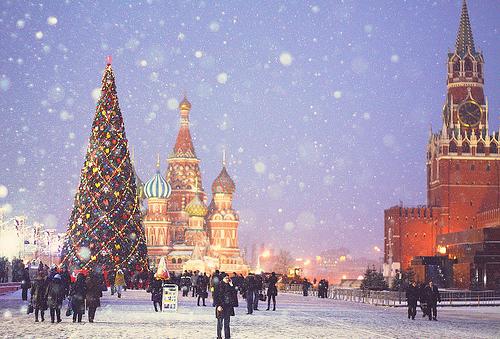 Yolka en la Plaza Sobórnoya del Kremlin (Moscú)