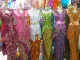 Foto Model Baju Kebaya Hello Kitty