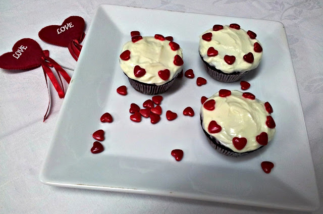 Red Velvet Cup Cakes by www.dish-away.com
