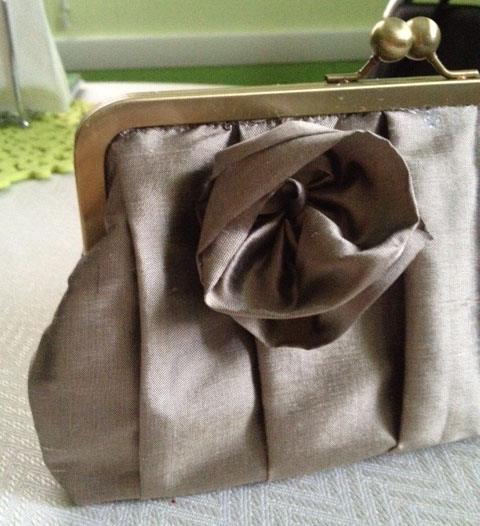 Fabric Mart Fabricistas: DIY Tutorial: Clutch