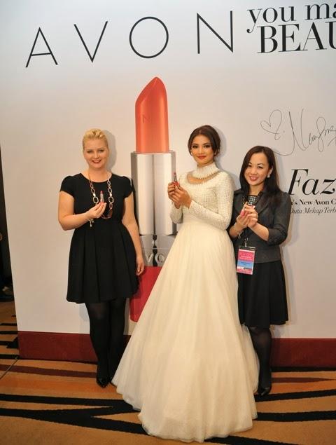 Nur Fazura as Avon Color Cosmetics Ambassador, Nur Fazura,Avon, Color Cosmetics, Ambassador, Avon Ultra Color Absolute Lipstick