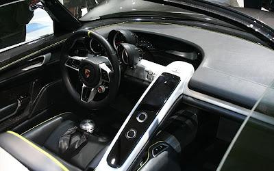 2012 porsche 918 Spyder Interior.