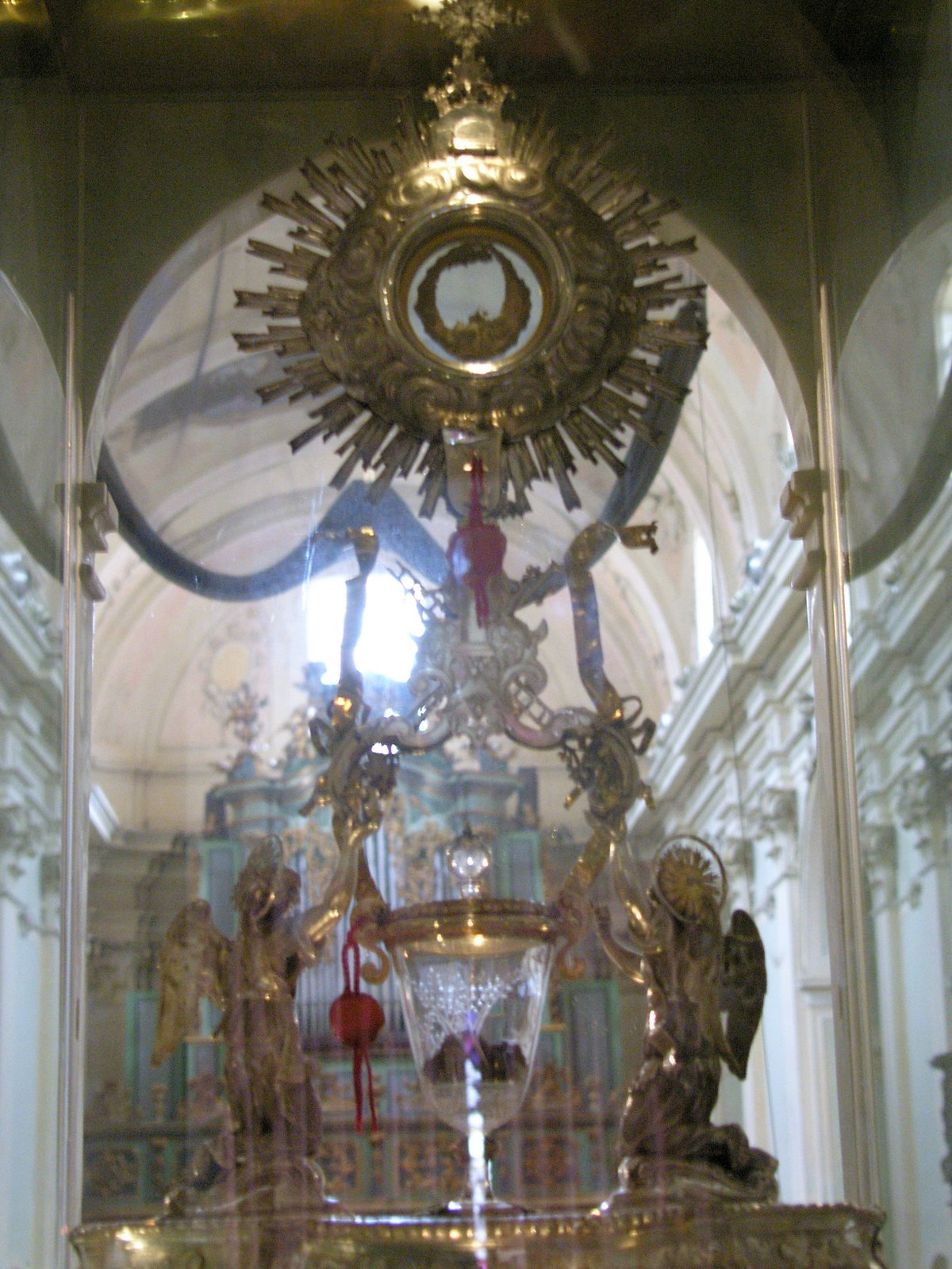 [Image: Lanciano+-+Eucharistic+Miracle.jpg]