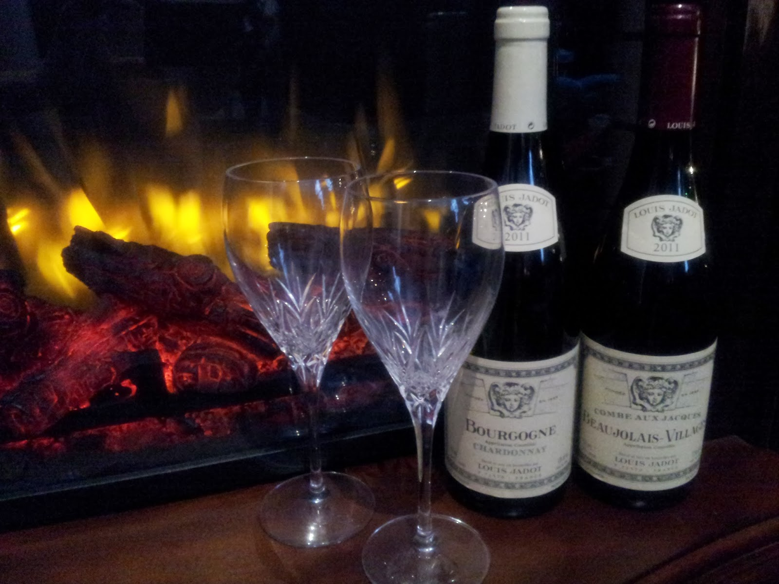 Christmas cocktails, holidays, crystal, fireplace, wine