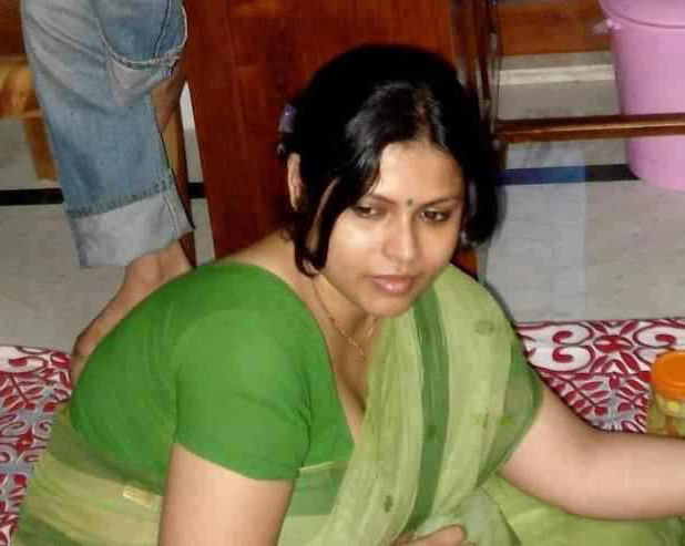 Hot Indian Aunty Photo, Sexy Indian Aunty Photo