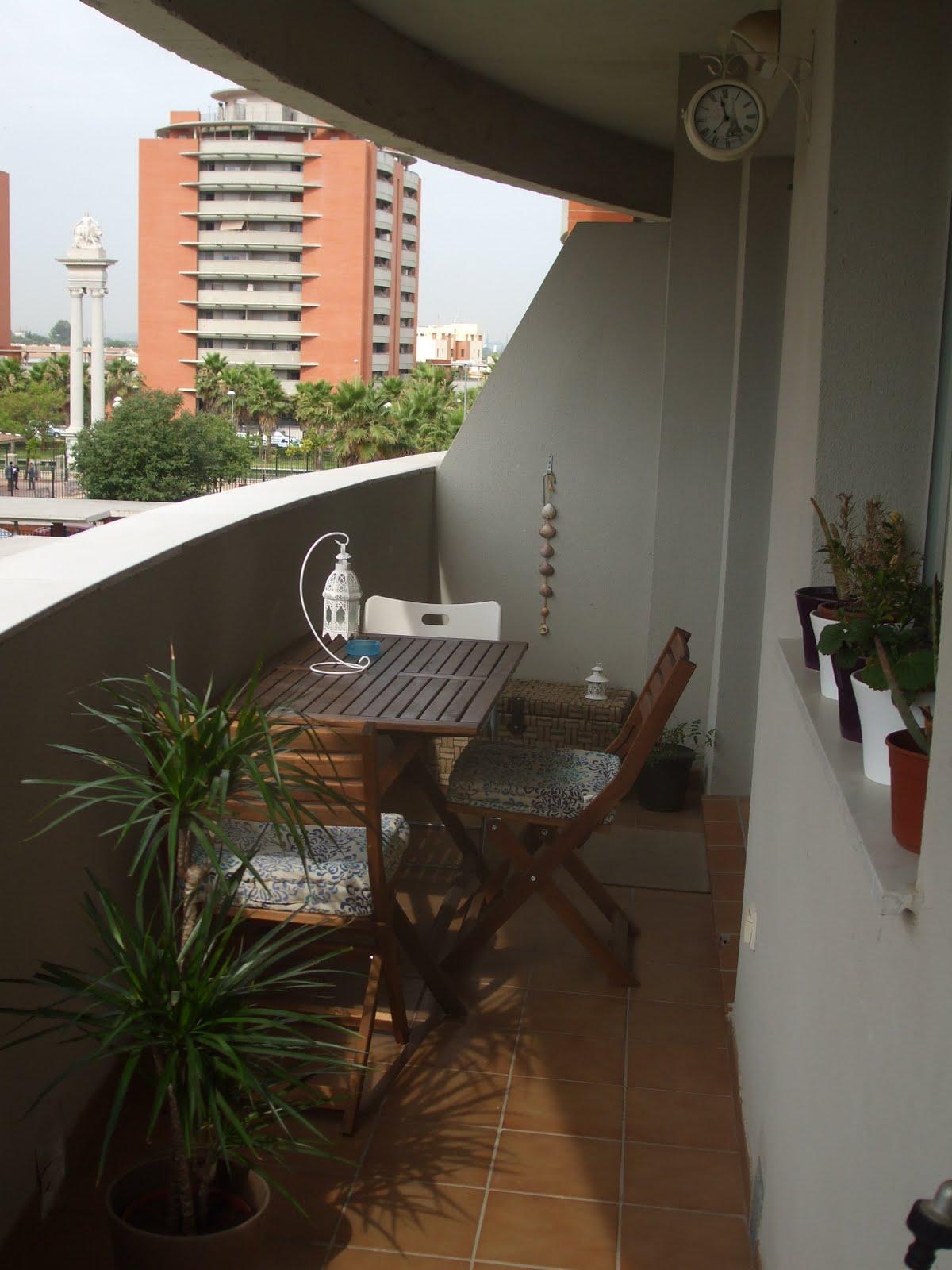 La terraza de blanca concurso terrazas patios y balcones for Patios y terrazas