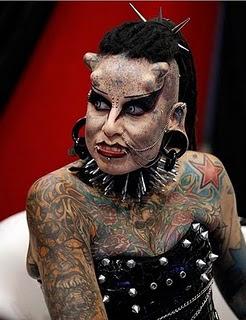 墨西哥 真人版吸血鬼 Maria Jose Cristerna