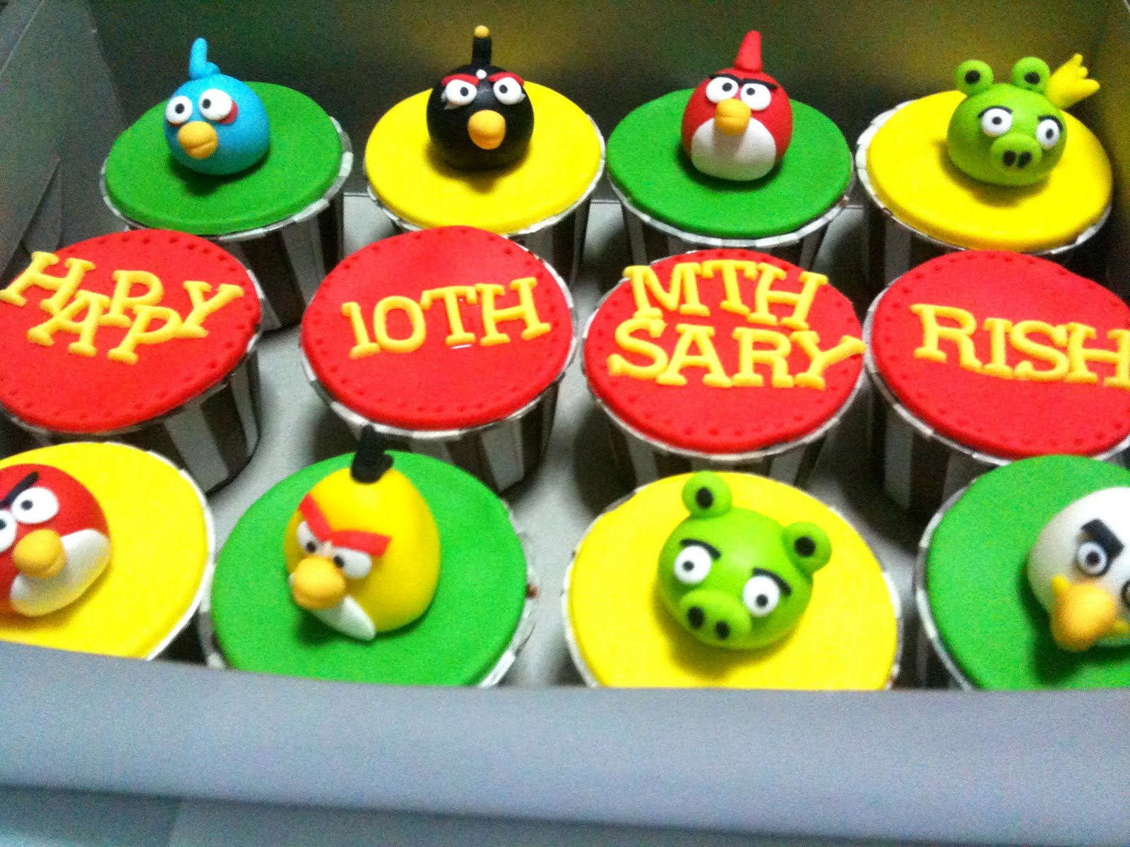 Cake Design For Monthsary : Oven Creations: Happy 10th Monthsary Rish