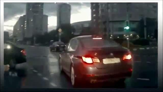rusyada çekilen hayalet araba videosu