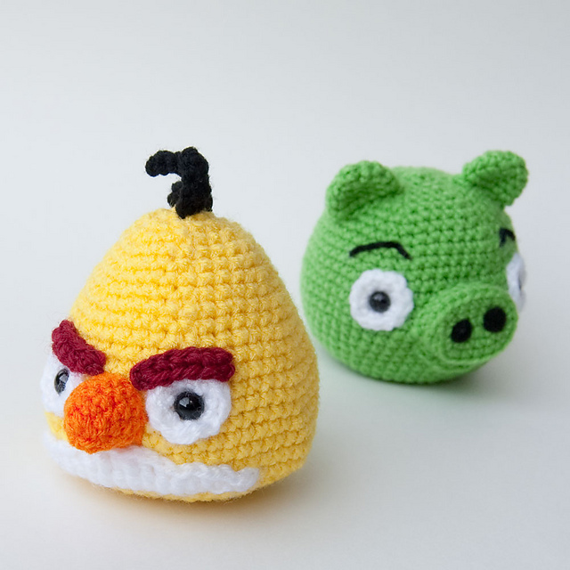 Knitted Childrens Slippers Free Pattern : Anything Knitted and Crocheted: My hubby is a fan of the game Angry Birds...