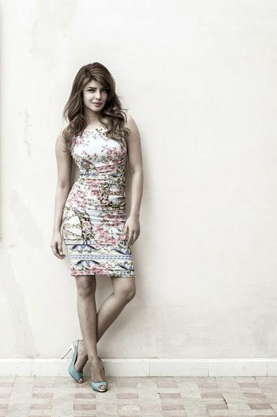 Priyanka Chopra Hot Latest unseen HD Wallpapers