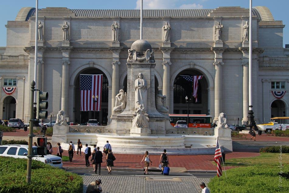 Washington Dc Map Of Attractions%0A June          Columbus Memorial Fountain  Union Sation  Washington  DC   USA     Christopher Columbus            looks beyond the winged figurehead