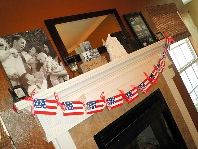 4th of July popsicle stick flag banner