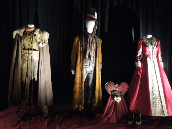 Once Upon a Time TV costumes