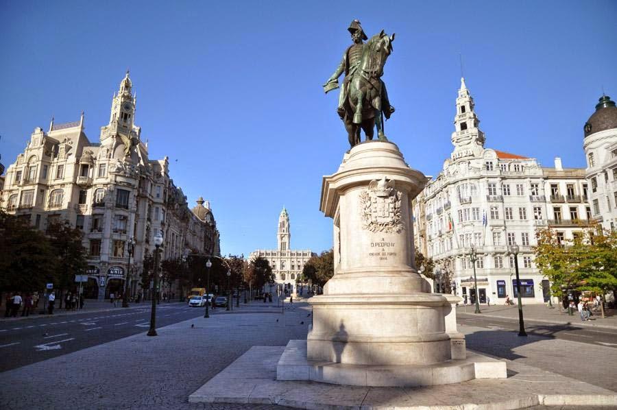 Fin de semana en Oporto. Plaza de la Libertad