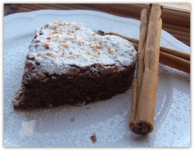 tortine capresi con cioccolato di modica alla cannella, senza latte, senza burro, senza farina di frumento, senza lievito e .. quasi light