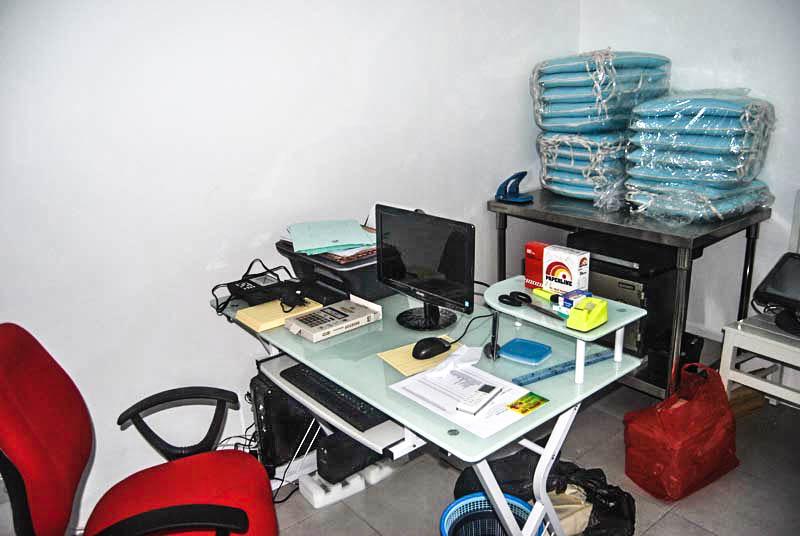 Fasilitas Program kasier lengkap dengan komputer CCTV restoran