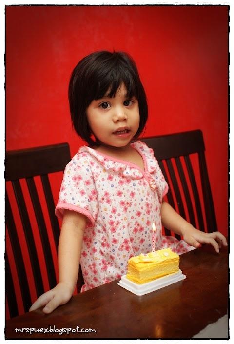 Kek Comey Untuk Budak Comey