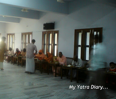 Eating Hall at the Dayananda Ashram in Rishikesh